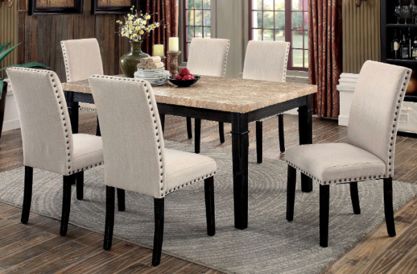 Table_with_6_chairs